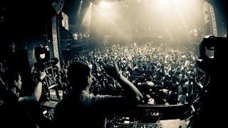 getlinkyoutube.com-Blank & Jones - Beyond Time -Live @ Club Rotation