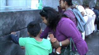 getlinkyoutube.com-SARATH KUMAR & FAMILY IN LOURDES 2