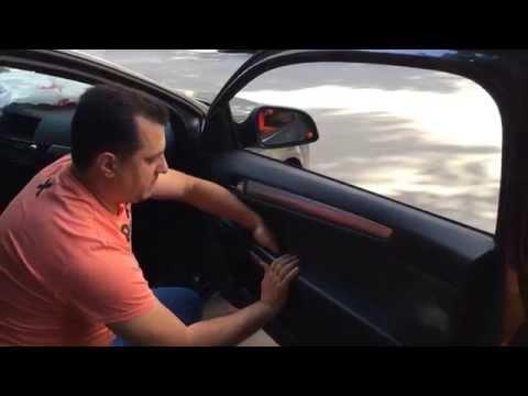 Как снять обшивку двери на Opel Astra H
