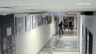Policía continúa en búsqueda de sospechosos de cometer vandalismo en Kansas.