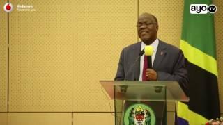 'Nasoma magazeti yote hata yanayotukana kila siku' - Rais Magufuli