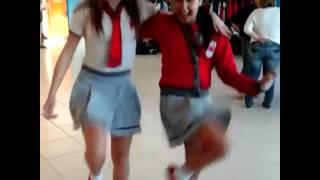 getlinkyoutube.com-Cinthia Cruz e Raissa Chaddad Dançando !!
