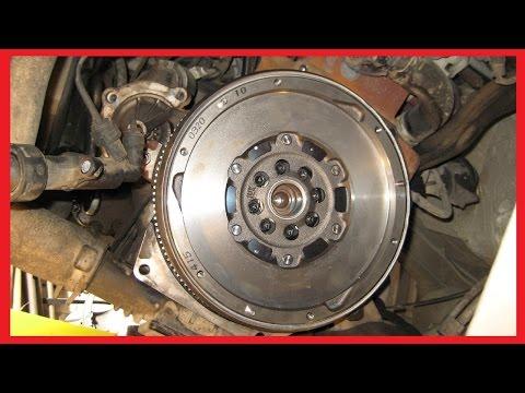 Снятие коробки передач и замена сцепления на Peugeot Expert