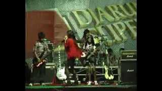 getlinkyoutube.com-Melody's Bands SMPN 1 Nganjuk.flv