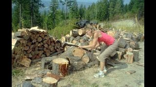 getlinkyoutube.com-Wood Splitting Woman ONLY!