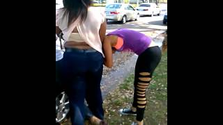 2 Girls Fight in the 3rd Ward.