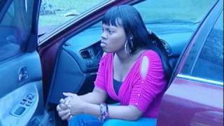 """getlinkyoutube.com-Father dropping off his daughter w/ typical difficulty from """"Baby Momma"""""""