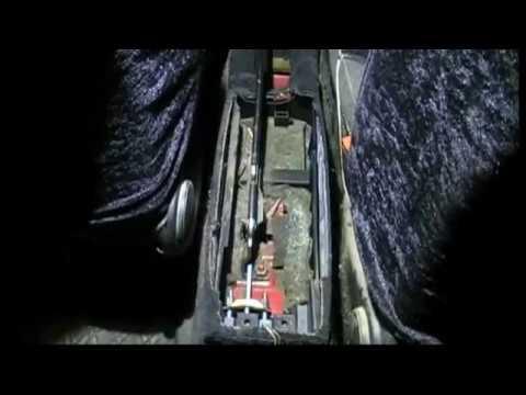 Замена тросика стояночного тормоза. Passat B3