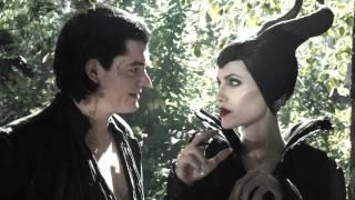 getlinkyoutube.com-Maleficent + Diaval || Wings