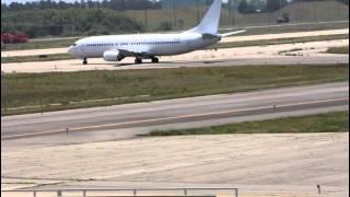 getlinkyoutube.com-小松市 小松空港に外国航空機が緊急着陸