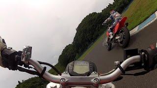 getlinkyoutube.com-モタードで進入スライドを訓練するプロライダー!!!!!!!!