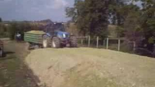 getlinkyoutube.com-ensilage corn/siliranje kukuruza 4