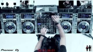 getlinkyoutube.com-Gabry Ponte mixing 25 SONGS in 3 MINUTES !!!