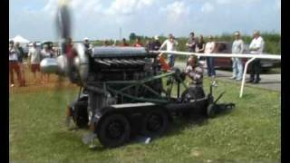 getlinkyoutube.com-Rolls Royce Merlin static engine run