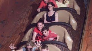getlinkyoutube.com-Why This Woman Looked So Grumpy in Splash Mountain Photo