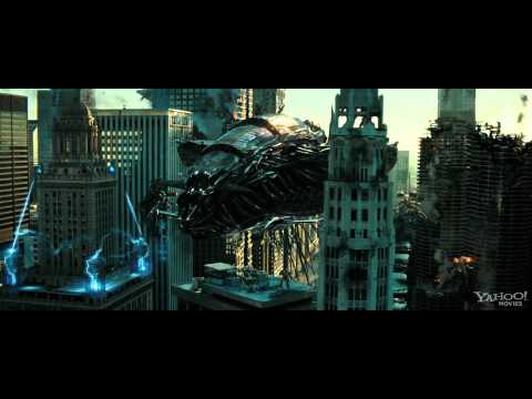 Transformers Dark of The Moon - Theatrical Trailer 2
