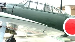 getlinkyoutube.com-神風特攻隊・ゼロ戦【靖国神社8/15】Kamikaze Tokko Pilots Mitsubishi A6M Zero Yasukuni Shrine