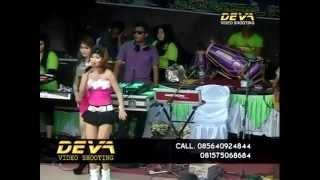 getlinkyoutube.com-D'angels - Pergi pagi pulang pagi REZA LAWANG SEWU ft. AYU TRIA