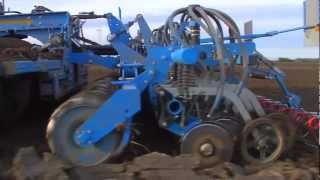 LEMKEN drill combinations - Perfect seedbed preparation and accurate drilling for reliable yields