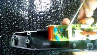 getlinkyoutube.com-IE#1: Inside an electronic mosquito bat.