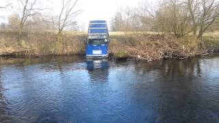 getlinkyoutube.com-Hummer H2 in water