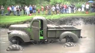 getlinkyoutube.com-Lo Mejor De Los Carros Monster 4x4 Mud Trucks