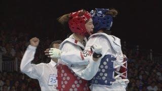 getlinkyoutube.com-Hwang Kyung Seon (KOR) Wins Taekwondo -67kg Gold - London 2012 Olympics
