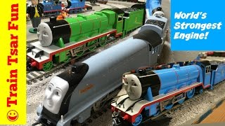 getlinkyoutube.com-World's Strongest Locomotive Spencer, Henry, Gordon -Thomas & Friends Bachmann Trains