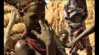 getlinkyoutube.com-African Tribe: the Dassanech tribe who hunt crocs pt6