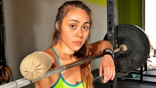 getlinkyoutube.com-One-Armed Weightlifter Continues To Lift After Amputation