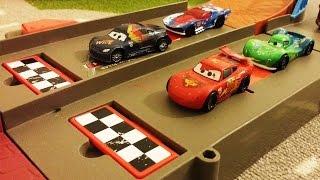 getlinkyoutube.com-CARS 2 Disney Cars vs Hot Wheels Racing Cars DIECAST Pixar CARS Collection