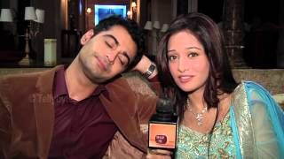 getlinkyoutube.com-Harshad and Preetika Receive Surprises from Fans