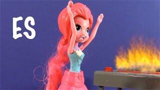 getlinkyoutube.com-My little pony juguetes - Fluttershy empieza un Fuego - en espanol- AMAZING TOY VIDEOS!
