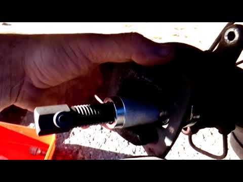 Замена задних тормозных колодок на Пежо Партнёр 2011года