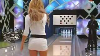 Nataly Masinari Veronica Crespo - Hot bowling