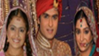 getlinkyoutube.com-Sasural Simar  Ka, Roli Marries Prem