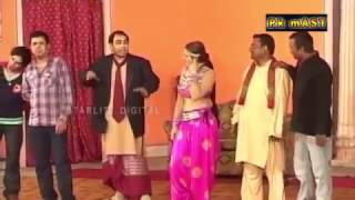 getlinkyoutube.com-Saima Khan Sxy Garam Jokes with Naseem Vicky