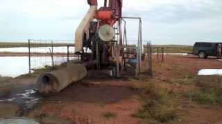 getlinkyoutube.com-Wyoming Oil Well Hit Miss Engine