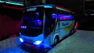 getlinkyoutube.com-Miniatur bus rosalia indah, strobo and telolet
