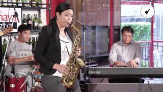 getlinkyoutube.com-Saxsociety Live (Nothing Gonna Change My Love For You ครูแป้ง With Takeshi Band)