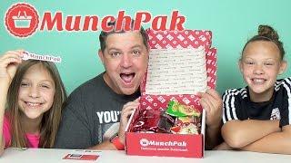 getlinkyoutube.com-UNBOXING Munchpak - YUM YUM!!