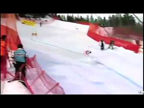 Skiing Fail HIT TO THE NUTS !!!
