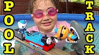 getlinkyoutube.com-Thomas The Tank Trackmaster Pool Tracks Octonauts Shark Attack Train Wreck Adventure