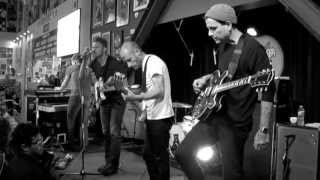 getlinkyoutube.com-Cold War Kids - Miracle Mile (Live at Amoeba)
