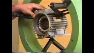 getlinkyoutube.com-Inseritrice di matasse per avvolgimenti motori elettrici