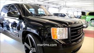 "getlinkyoutube.com-GMC sierra on 30"" DUB ballers stuntfest 2015"