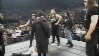 getlinkyoutube.com-Stings debut in black and white (WCW Nitro October 21st, 1996)