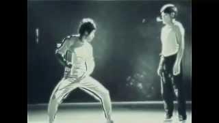 getlinkyoutube.com-Сверх возможности Брюса Ли (Bruce Lee)
