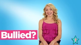 getlinkyoutube.com-Emma BULLIED on Jessie? Peyton List Gives Us The Deets!