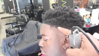 getlinkyoutube.com-The Big tx nappy fade and how to use the nappy hair sponge with elegance gel